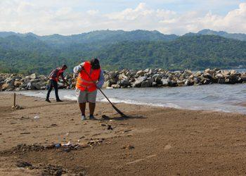 Con la iniciativa buscan despertar conciencia entre la población que asistirá a las playas durante la Semana Morazánica.