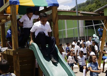 La obra beneficiará a más de 10,000 habitantes de Agua Dulcita y otras aldeas de El Rosario, Comayagua.