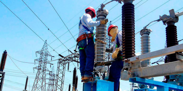 Demanda de energía baja 300 megas debido a cuarentena, estiman generadores