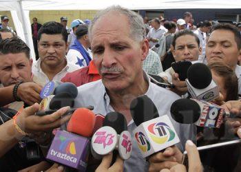 Nasry Asfura lamentó el desorden en el que se desarrolló el conversatorio de este martes en El Hatillo.