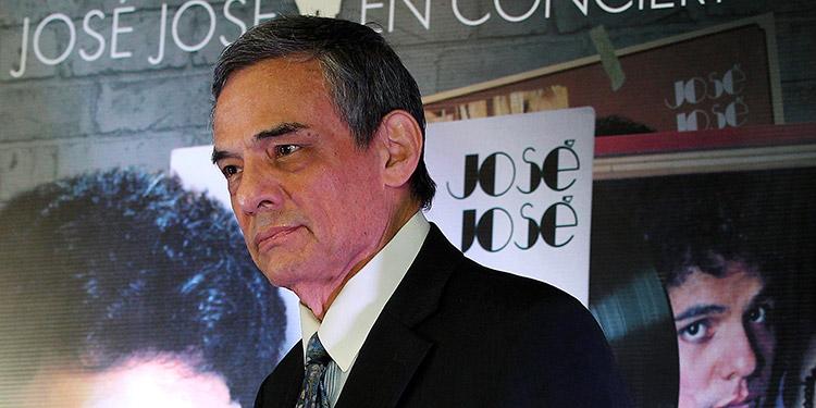 """Nacido en ciudad de México el 17 de febrero de 1948, José Rómulo Sosa era conocido como """"el Príncipe de la canción"""" y considerado uno de los artistas más importantes de México y Latinoamérica. (LASSERFOTO AFP)"""