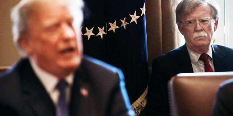 Trump y John Bolton