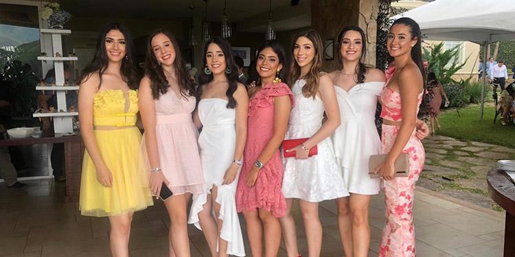 Atenas Vijil, Carolina Agurcia, Isabella Godoy, Pili Pineda, Adriana Zablah, Graciela Enamorado y Vivían Urrutia