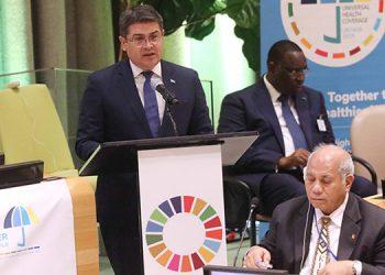 """En la reunión de salud, que tuvo por eslogan """"Avanzar juntos para construir un mundo más sano""""."""