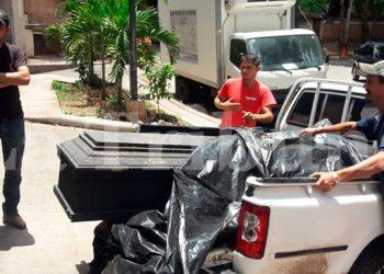 Familiares de Heinner Daniel García García (19) llegaron la mañana de ayer a reclamar su cuerpo a la morgue capitalina, donde se encontraron con la sorpresa que se lo habían entregado a otra familia.