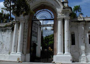 El emblemático Cementerio General, cada año recibe en promedio 15,000 visitantes.