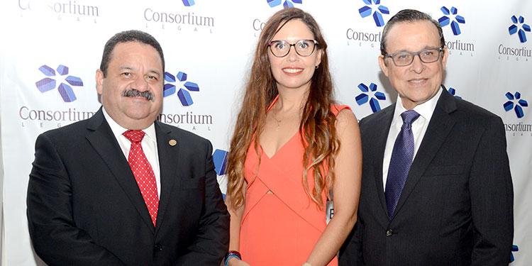 Rafael Medina, Paola Díaz, José Ramón Paz.