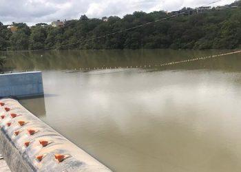 Con el levantamiento de la cortina inflable el represamiento de Los Laureles aumentó a 10.5 millones de metros cúbicos.