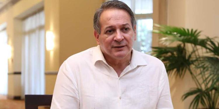 José Luis Moncada se separa del CCEPL y reitera que busca la presidencia del país