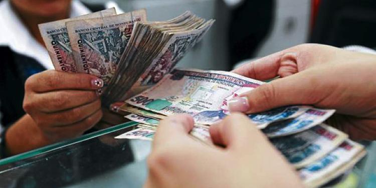 El 52% de la masa laboral en Honduras tiene deudas formales con bancos y otros entes crediticio.