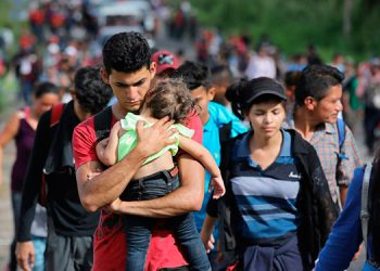 El número de adolescentes y menores hondureños detenidos por transitar sin documentos en México y los Estados Unidos aumenta considerablemente.