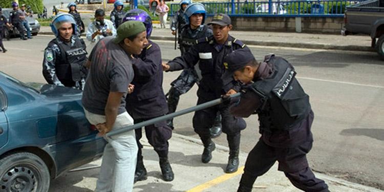 """El Conadeh advirtió a autoridades policiales y militares que existe un """"Estado de Derecho"""" en donde prevalece la protección, respeto de la dignidad humana, la paz y la libertad."""