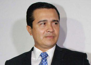 'Tony' Hernández.