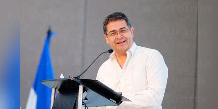 Presidente Hernández a vendedores de Comayagüela: 'No están solos y vamos a apoyarles'
