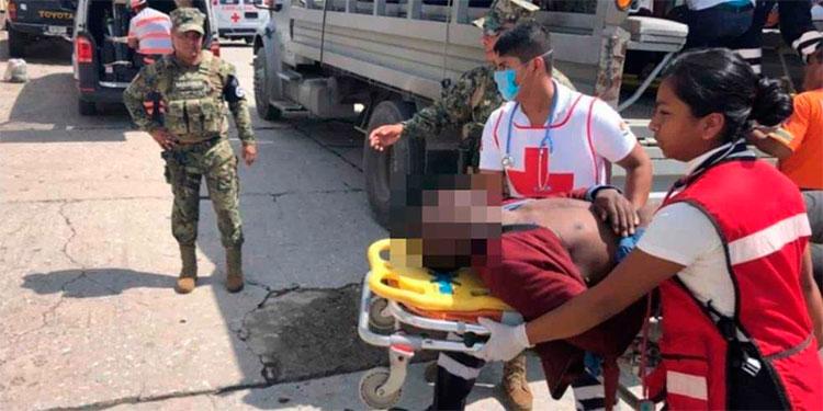 Naufraga embarcación con migrantes en Tonalá, 1 muerto, 2 desaparecidos