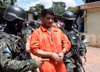 Dos horas después el privado de libertad fue llevado nuevamente a una cárcel de máxima seguridad, ubicada en el Centro Penal de Támara, Distrito Central, Francisco Morazán.