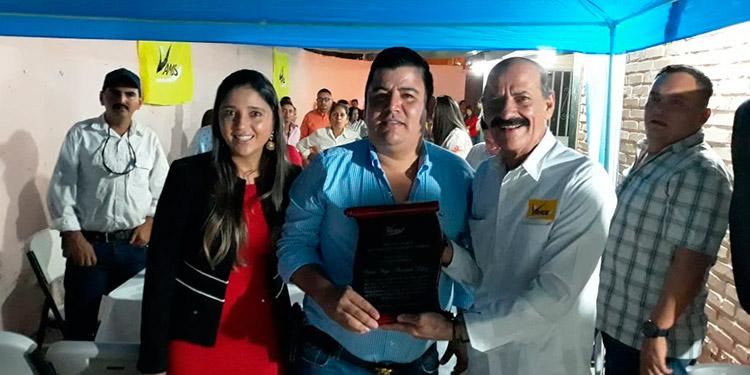 Rinden homenaje al alcalde de Vamos en La Unión, Copán - La Tribuna.hn