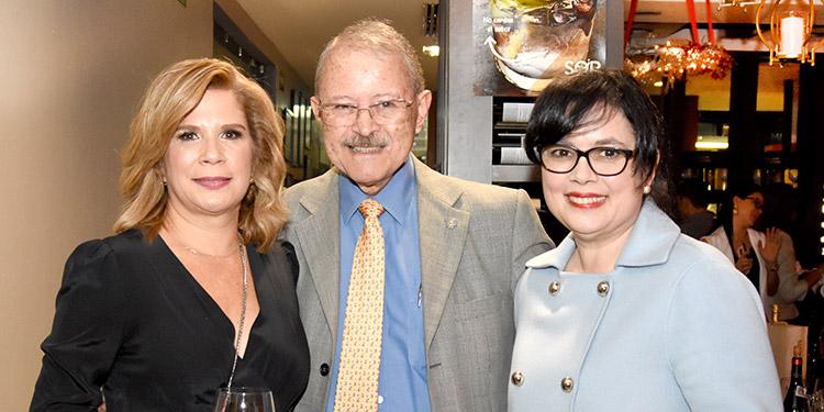 Patricia Casanova, Nicolás Cruz Torres, Ada Mejía.