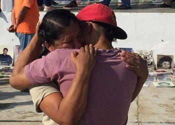 A través del proyecto Puentes de Esperanzas y la Asociación Satya Seva, la hondureña Erlinda Ramírez encontró a su hijo después de siete años.