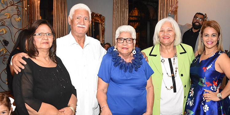 Carmen López, Oscar López, Bertha López de Sánchez, Norma López, Karen Sánchez.