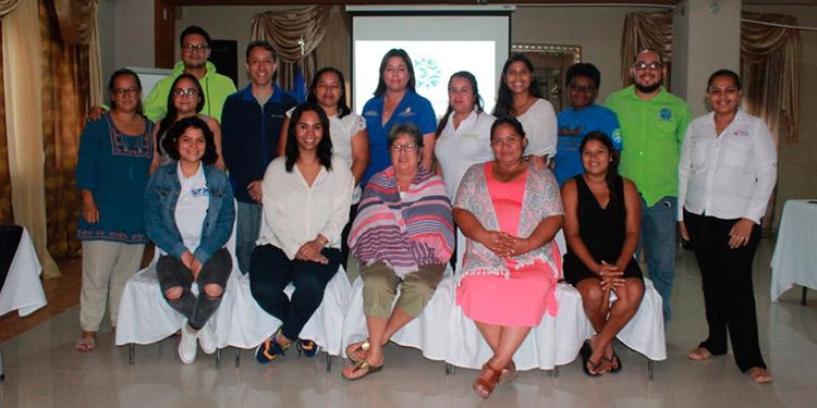 Las organizaciones co-manejadoras del Parque Nacional Marino Islas de la Bahía  tras el encuentro. Foto: J. Quintana