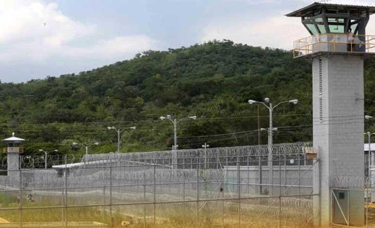 Se fugan tres reos de anexo de El Pozo en Santa Bárbara - La Tribuna.hn