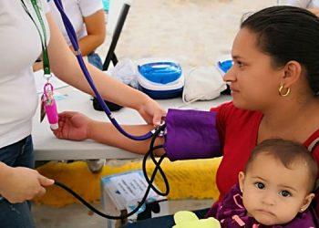 Algunos pacientes son remitidos de inmediato al Hospital San Felipe de Tegucigalpa y otros de las zonas donde habitan.
