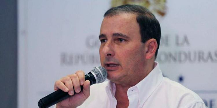 """Juan Carlos Sikaffy: """" No se puede descuidar la microeconomía""""."""