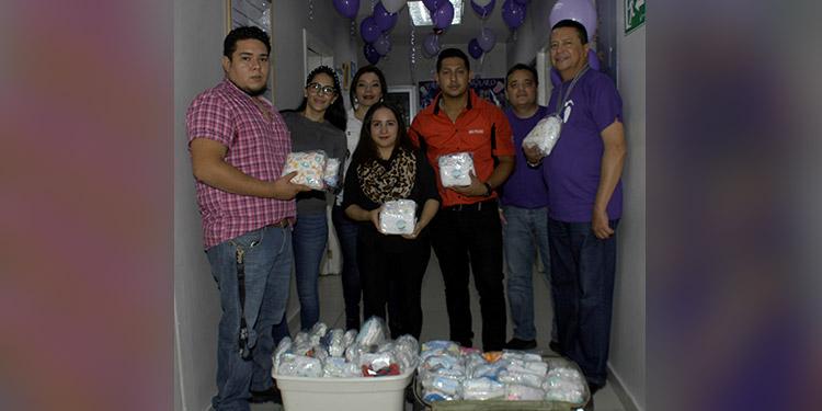 En el Día del Niño Prematuro Fuluzca realizó donativos a la sala de recién nacidos del Materno Infantil.