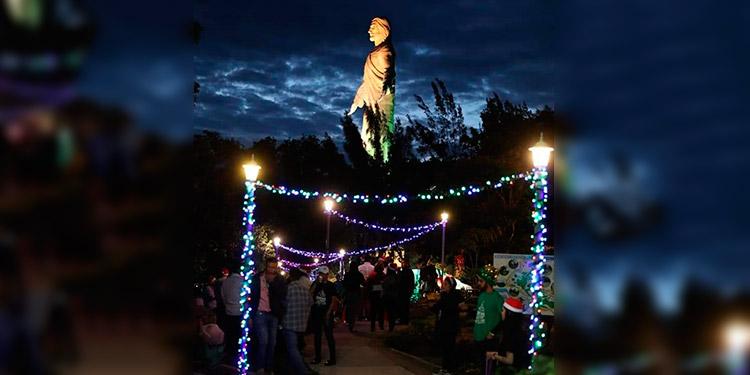 """El Cristo de El Picacho fue adornado con luces y será la sede de la """"Navidad Catracha-2019""""."""