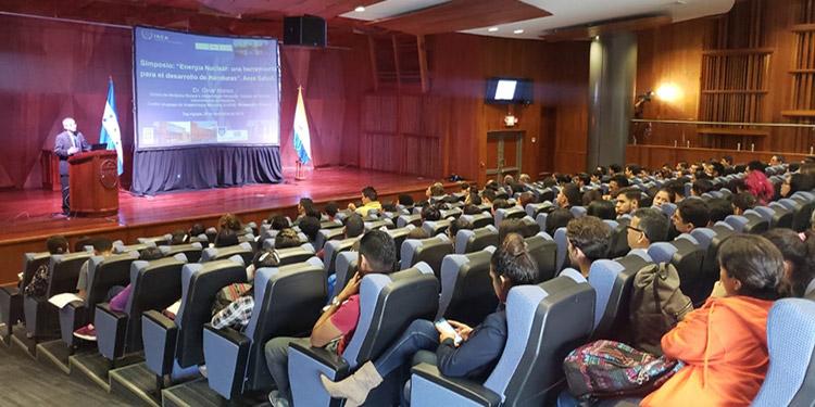 Representantes de la delegación de la OIEA recomendaron fortalecer la supervisión en el uso de las técnicas de energía nuclear.