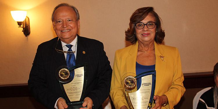 Juan Carlos Pérez Cadalso y María Teresa Bulnes.