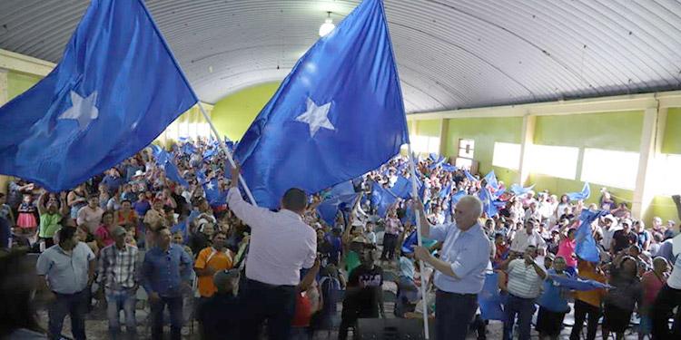 Oliva arenga a cientos de nacionalista en Orica - La Tribuna.hn