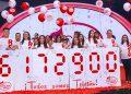 Banco Atlántida, a través de la Lotería del Amor, se presentó la noche del sábado con lo recaudado, y lleva más de 32 años apoyando la Teletón.