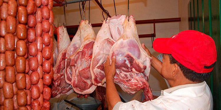 Piden frenar aumentos a la carne de cerdo y frijoles