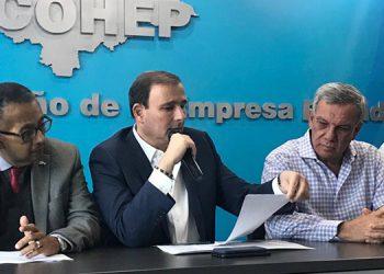 El Cohep, encabezado por Juan Carlos Sikaffy, coincide que la población no debe de cargar con las malas decisiones que han llevado al fracaso financiero de la ENEE.