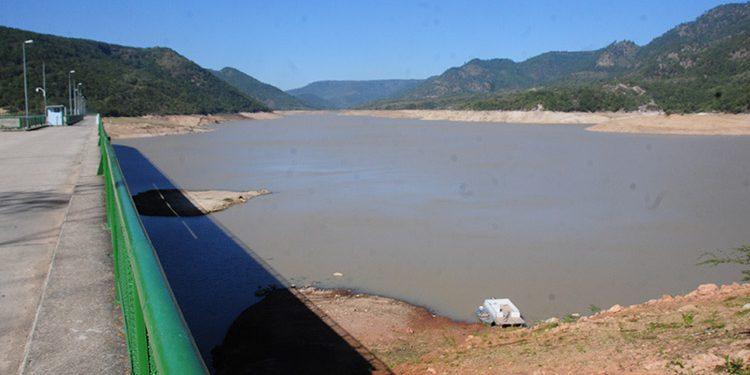 A falta de lluvias, el próximo año se iniciará con racionamientos de agua, para lograr que lo poco almacenado en las represas rinda hasta mayo.