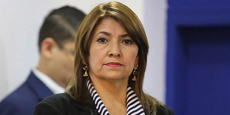 Alba Consuelo Flores.