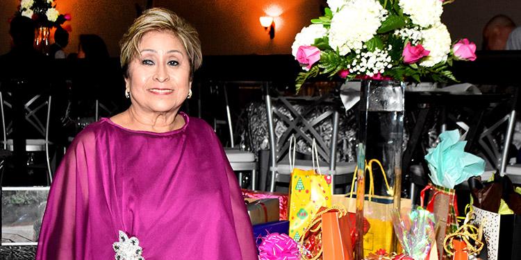 Yolanda de Delcid.