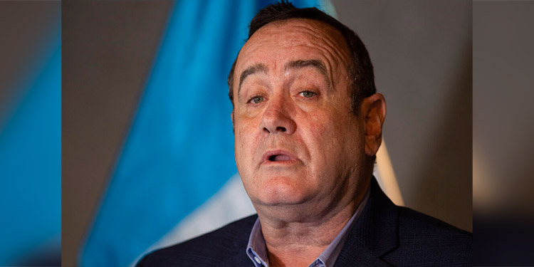 Dos visiones distintas de Guatemala dividen a Giammattei y su vicepresidente