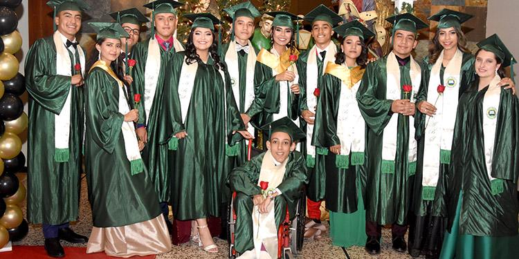 Los graduados de la promoción 2019.