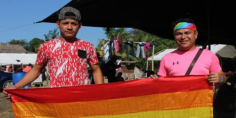 Pese la situación particular que afrontan los migrantes LGBT, comparten con los otros centroamericanos la necesidad de encontrar un empleo y seguridad.