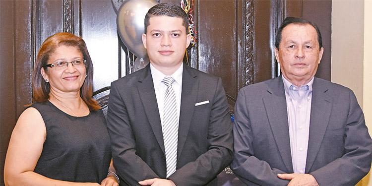 Rosa Masías, Jesús Santos, Salvador Santos.