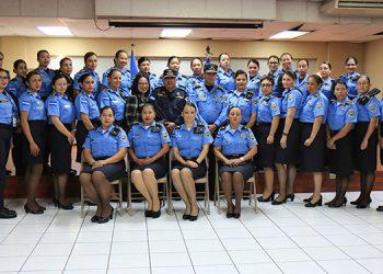 Actualmente, 3,201 mujeres forman parte de la Policía Nacional, procedentes de los 18 departamentos del país.