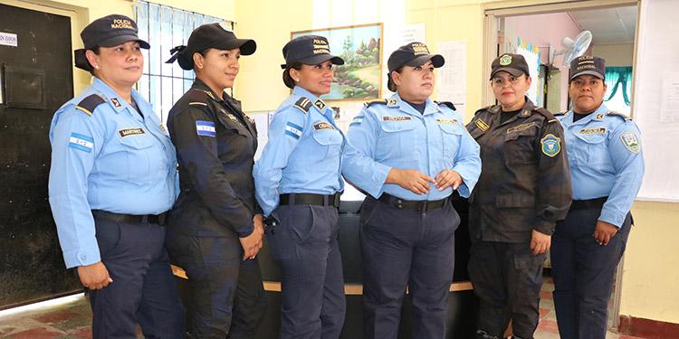 Mujeres Tesoro Invaluable En La Renovacion Policial De Honduras Video Diario La Tribuna Día internacional de la mujer. policial de honduras