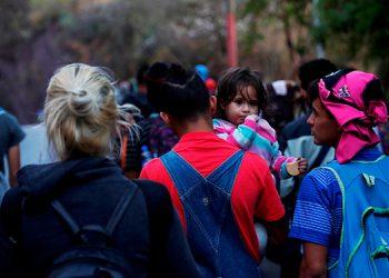 En la ruta migratoria, miles de migrantes corren riesgo de caer en manos de traficantes de personas.