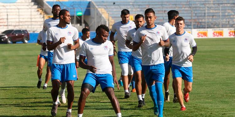 Olimpia entrenó ayer en el estadio Nacional, pensando en el clásico ante Motagua.