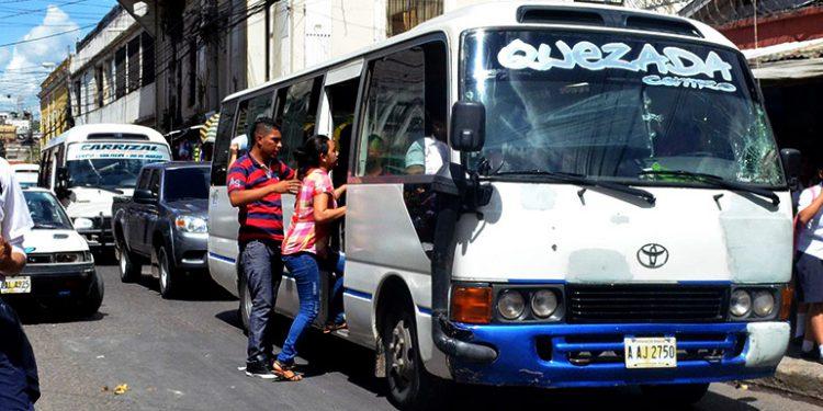 Prohíben ingreso de buses al casco histórico y habilitan La Isla como gran terminal