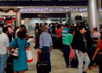 Autoridades hondureñas han activado alertas de vigilancia epidemiológica en todos los aeropuertos del país.