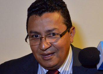 Carlos Hernández.